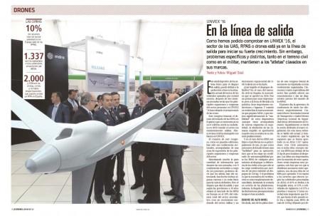 El jefe del Estado Mayor del Aire visita el stand de Sener y General Atomics en UNVEX.