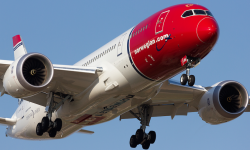 Norwegian anunció en septiembre  que operará desde el aeropuerto de Barcelona El Prat a Los Ángeles, Newark (Nueva York); Oakland, y Fort Lauderdale, al norte de Miami.