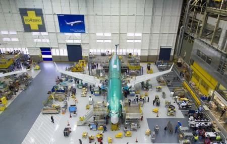 El Boeing 737 MAX 8 en la cadena final de montaje.