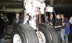 El tren de morro en el primer Boeing 747-8 de pasaje.