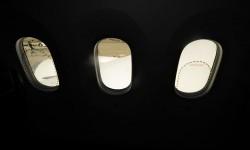Para comparar: los tamaños de las ventanillas del A380 (izquierda) y A330/A340 (derecha).