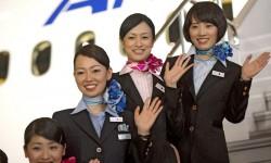 TCP de ANA durante la presentación del Boeing 787 Dreamliner en Tokyo.