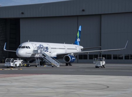 El primer Airbus A321 made in USA ha sido bautizado BluesMobile.