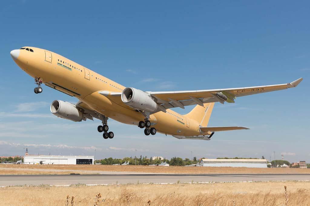 Despegue de Getafe del A330 del nuevo estándard de producción.