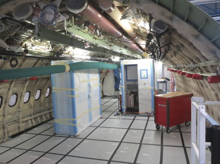 Interior de un A330 en montaje.