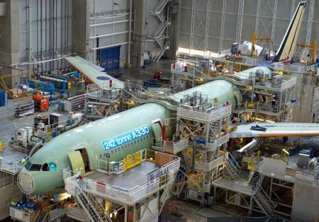 Primer Airbus A330-300 de 242 Tm