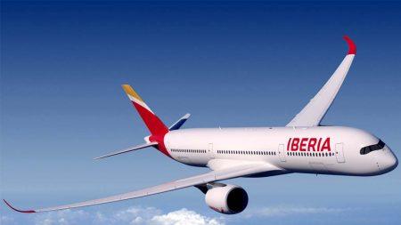 Los A350 de Iberia incluyen una serie de mejoras aerodinámicas, las más visible de ellas los nuevos winglets de mayor altura.