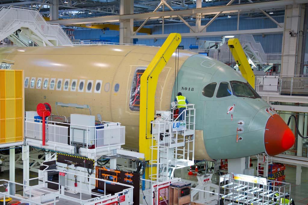 El A350 y el A400M siguen siendo las pesadillas de Airbus Group por los problemas de producción.