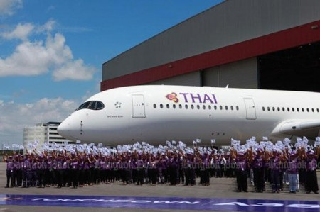Celebración en Bangkok de la llegada del primer A350 de Thai.