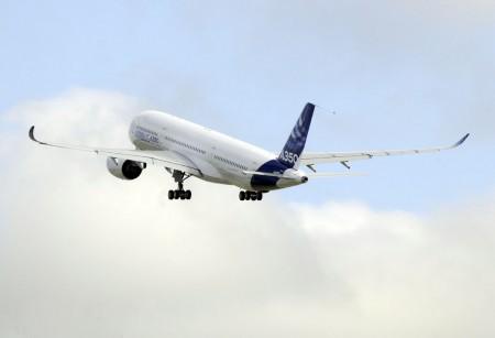 Primer vuelo del Airbus A350 XWB