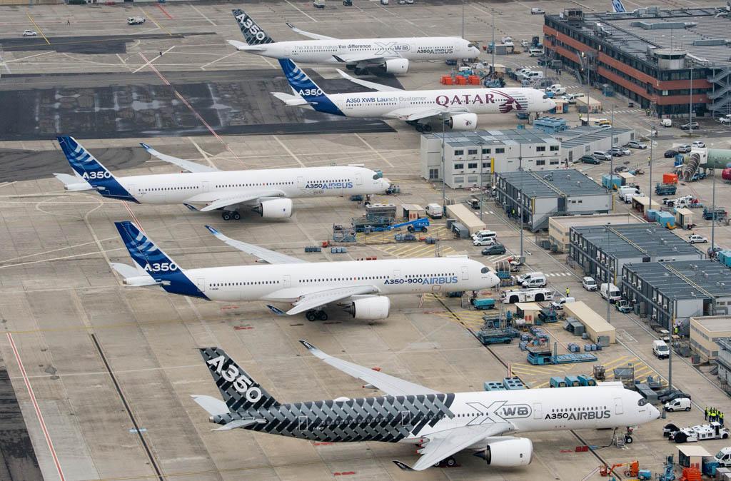 Preparación de los cinco A350 antes del vuelo.º