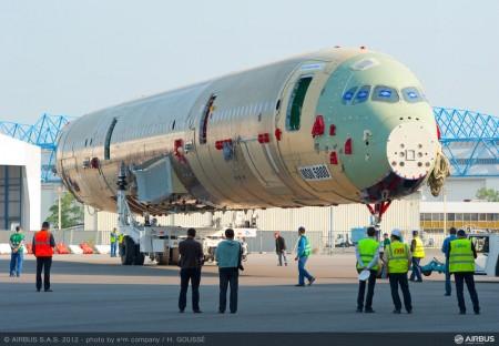Airbus completa la primera celula de ensayos estáticos del A350 XWB
