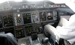 La  cabina del A380 tiene la misma calificación de tipo que el resto de aviones de Airbus.