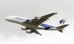 El segundo A380 de Malaysia Airlines está en la exposición estática y hace las demostraciones en vuelo.