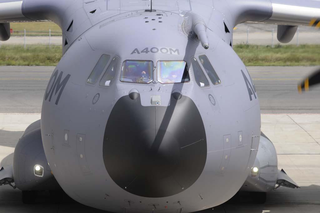 El programa A400M vive otro momento convulso. Airbus pedirá más dinero a los siete países europeos del programa, entre ellos España.