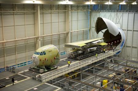 Sección de morro y alas del A400M msn007