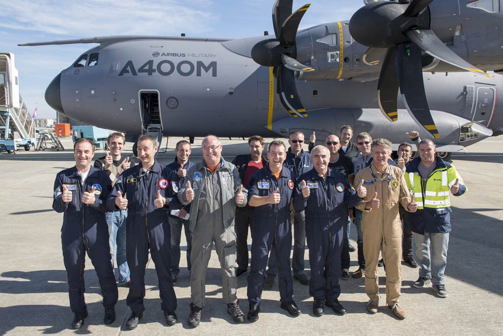 El A400M acumula 2000 vuelos de desarrollo.
