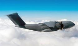 Airbus retomará los vuelos de prueba del A400M el martes o el miércoles, según disponibilidad del avión