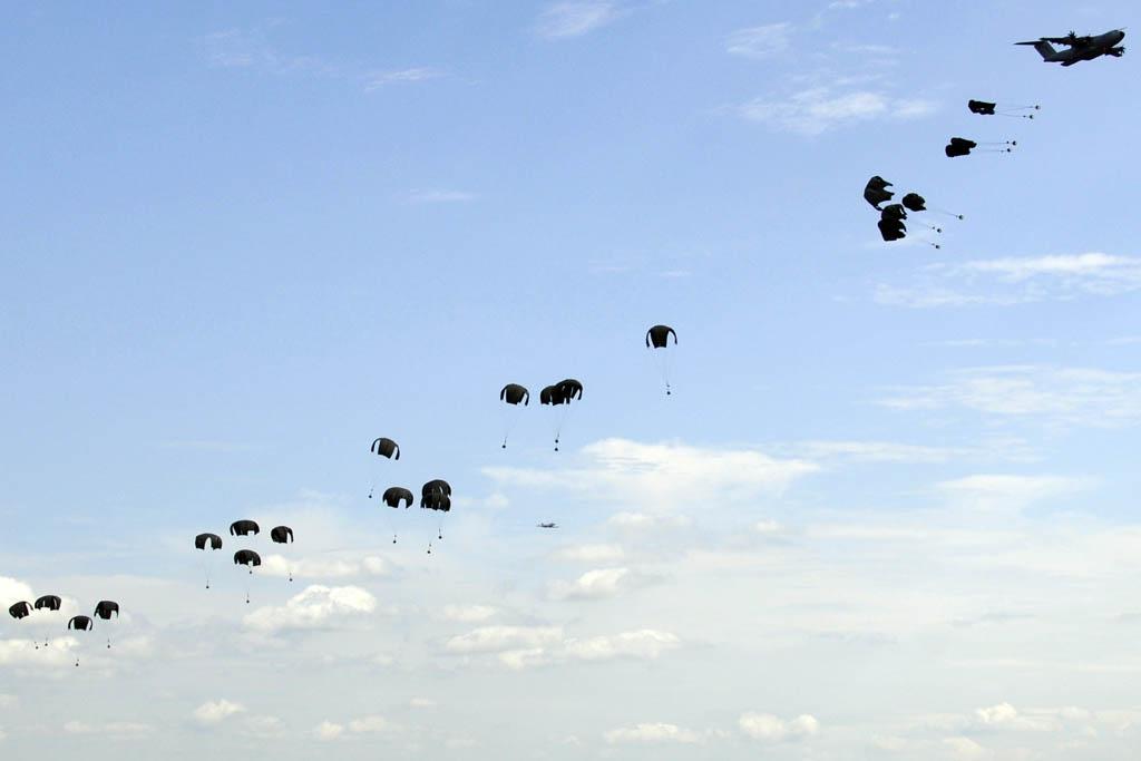 lanzamiento de cargas desde el A400M