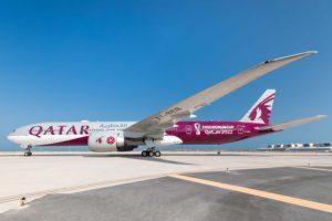 Qatar Airways tiene una larga tradición de decorar especialmente sus aviones con temas relacionados con el deporte.