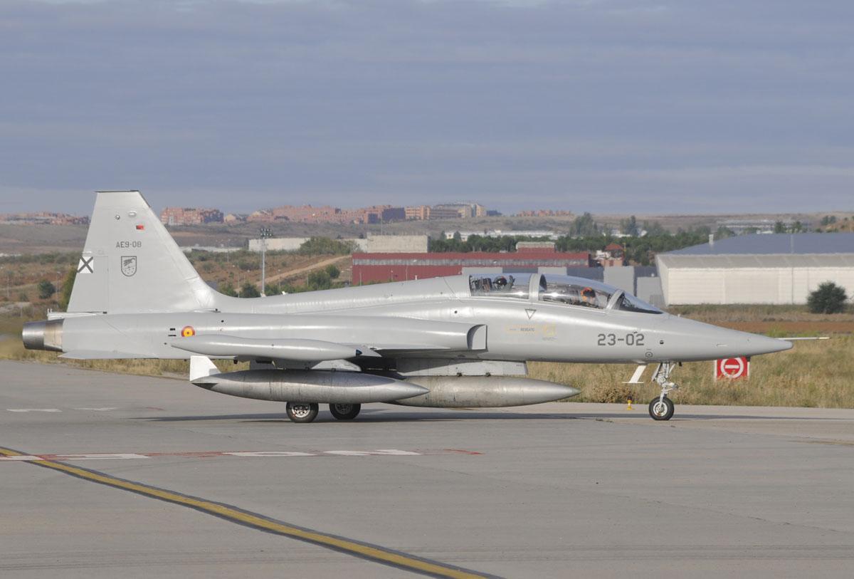 Northrop CASA F-5B