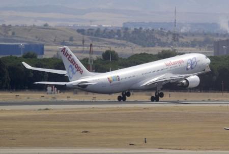 Despegue del Airbus A330 EC-JQG hacia Buenos Aires