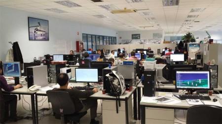 La planta de Aernnova en Miñano va recuperando la normalidad