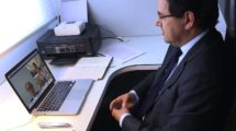 Javier Gándara, presidente de ALA durante la videoconferencia con Felipe VI.