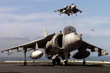 La Armada española seguirá operando el Harrier al menos otros diez años ante la falta de presupuesto para comprar el F-35.
