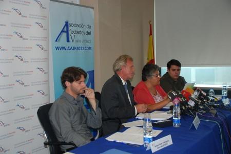 Los supervivientes del accidente de Spanair muestran su rechazo al informe de la CIAIAC