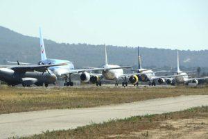 Aviones esperando para despegar en el aeropuerto de Palma de Mallorca.