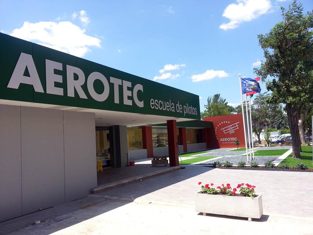 Fachada de las nuevas instalaciones de Aerotec