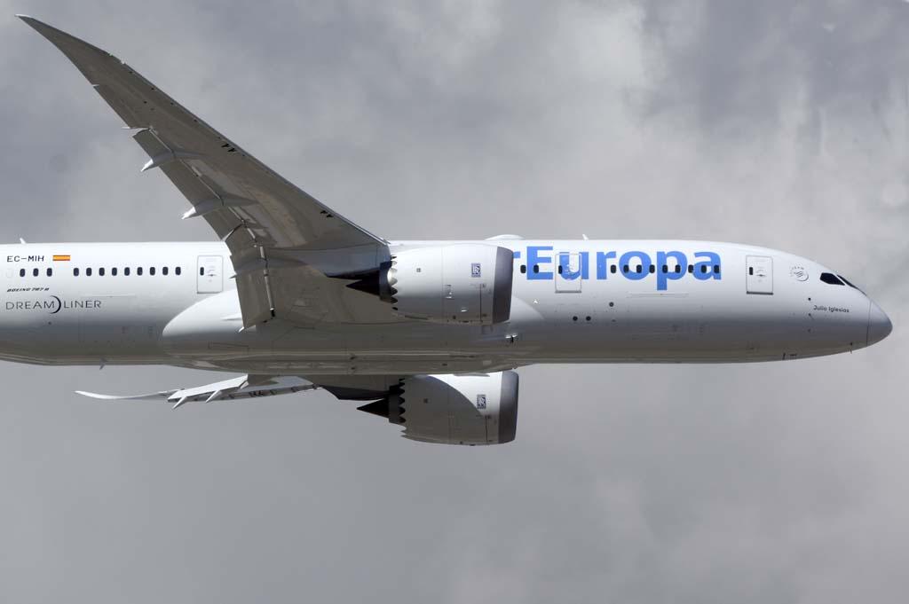Rolls-Royce ha anunciado que los motores Trent de los Boeing 787 deberán revisarse más a menudo de lo establecido.
