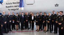 Ceremonia de bautizo del Embraer E195 de Air Europa Express en honor de la Policía Nacional.
