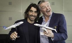 Javier Hidalgo de Air Europa, y Michael O'Leary, de Ryanair, durante el anuncio del acuerdo entre ambas compañías.