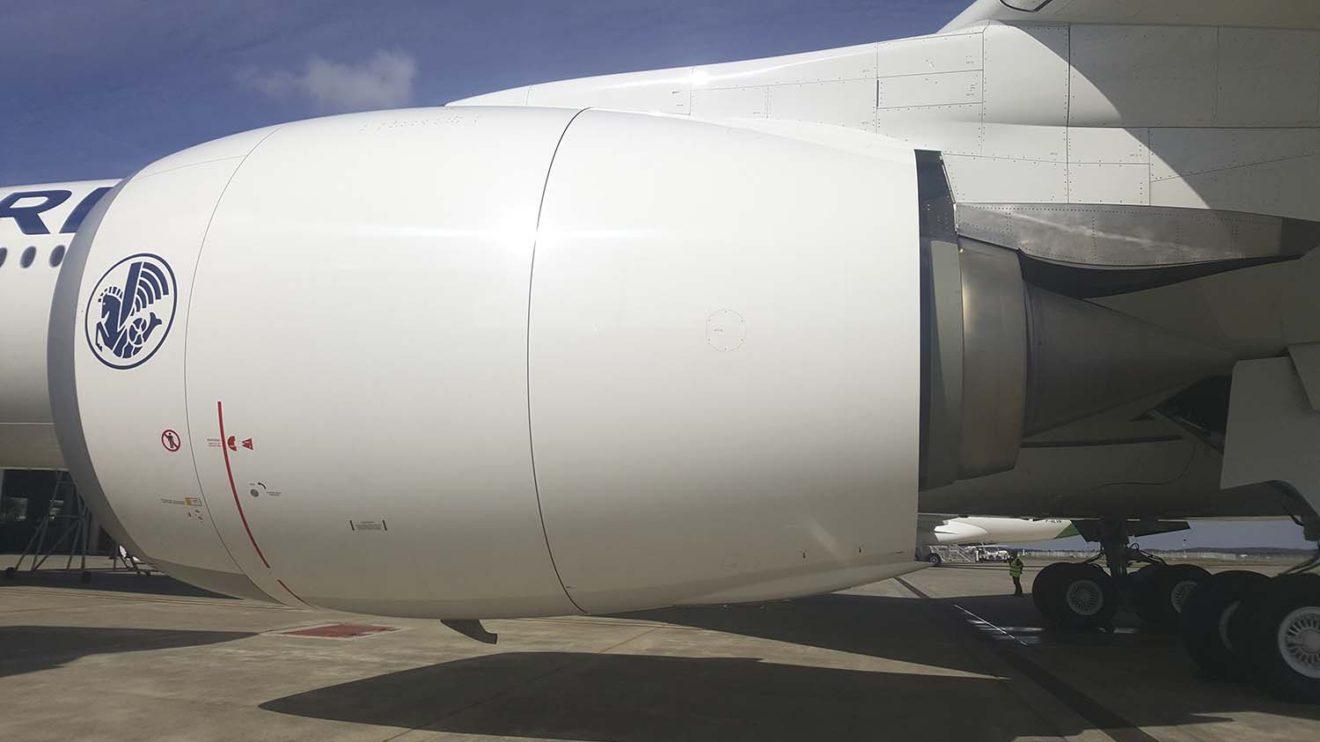 Los motores Rolls-Royce Trent XWB del primer A350 de Air France usaron una mezcla de biocombustible para el vuelo de entrega a París.