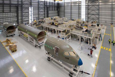 Secciones del Airbus A220 listas para su montaje en la cadena de producción de Mobile (EE.UU.).