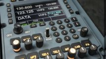 Nuevo panel de control de los sistemas de comunicaciones para la familia Airbus A320.