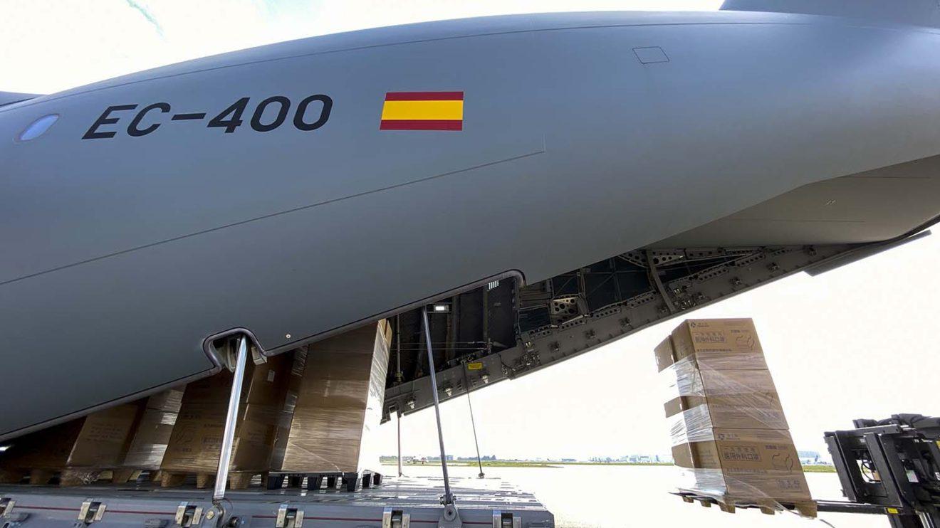 El EC-400 es un A400M d ela RAF que Airfbus ha alquilado para certificar capacidades militares.