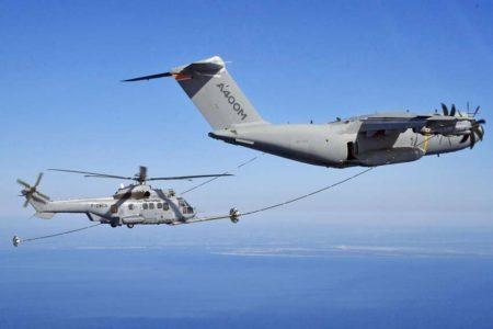 Hasta ahora las pruebas de repostaje de helicópteros se habían hecho con una manguera de 80 pies de largo. La nueva es de 120 pies.