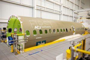 Fuselaje central del primer Airbus ACJ Two Twenty.