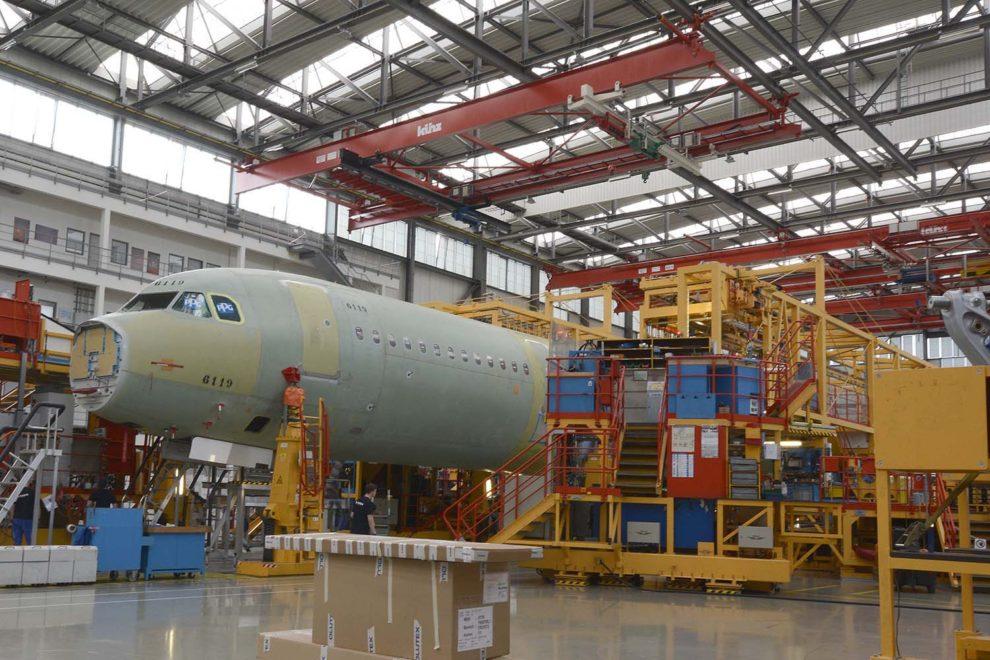 Cadena de montaje de la familia Airbus A320 en Hamburgo.