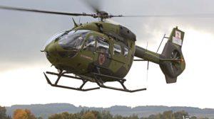 El primero de los dos H145 de la Fuerza Aérea de Ecuador durante uno de sus vuelos de prueba previos a su entrega.