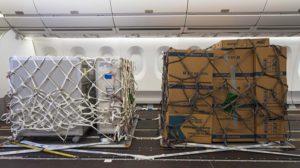 Pallet con los contenedores de carga desarrollados por Airbus.