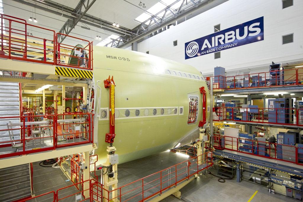 Fuselaje trasero del primer Airbus A380 de British Airways