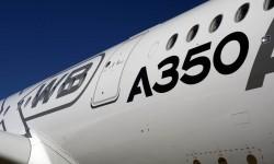 XWB eXtra Wide Body, por su fuselaje más ancho que el A330 y A340.