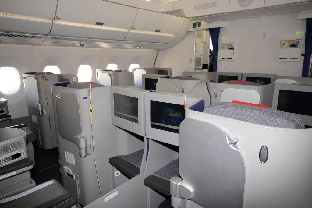 Asientos de clase business en el A350 F-WWCF del actual estándard para esta clase en vuelos de largo recorrido.