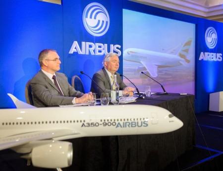 John Leahy, directo de clientes de Airbus, ha presentado hoy en Londres las previsiones de ventas de nuevos aviones hasta 2032