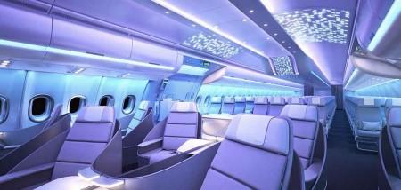 El sistema de iluminación por LED ofrece hasta 17,7 millones de colores diferentes para dar ambientes especiales a la cabina en cada momento del vuelo.