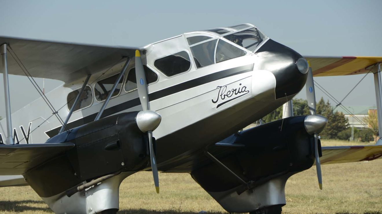 De Havilland Dragon Rapide de la FIO representando al EC-AAY de Iberia.
